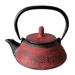 Чугунный чайник Байхуа 800 мл купить за 2200 руб.