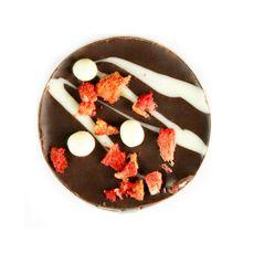 Шоколадная конфета Chokodelika Чоко с клубникой 10 гр