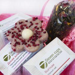 Восьмое Марта - Подарочный набор - Сизалевое кашпо с чаем и сладостями купить за 825 руб.